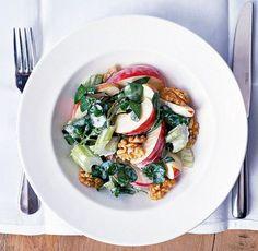 salata-waldorf Greek Recipes, My Recipes, Recipies, Cooking Recipes, 30 Cake, Cake Roll Recipes, Salad Bar, Rolls Recipe, Bruschetta