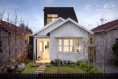 101 Thomson Street, Northcote, Vic View property details and sold price of 101 Thomson Street & other properties in Northcote, Vic Prefab Extensions, Bungalow Extensions, House Extensions, Old Cottage, Modern Cottage, Cottage Extension, Weatherboard House, Minimal House Design, Melbourne House