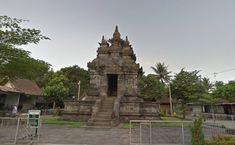 Apabila Anda mengunjungi Candi Borobudur maka sebaiknya kunjungi juga, Candi Pawon Magelang yang memiliki nilai sejarah tinggi dengan spot yang cukup bagus Statue Of Liberty, Building, Travel, Statue Of Liberty Facts, Viajes, Buildings, Trips, Traveling, Tourism
