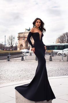 Black Crepe Prom Formal and Evening Dress Long Mermaid Dress, Mermaid Dresses, Estilo Glamour, Off Shoulder Dresses, Strapless Dress Formal, Formal Dresses, Prom Dress, Grad Dresses, Classy Dress