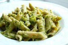 Recept: Kip Pesto Pasta met Broccoli - Girl Gone Fit
