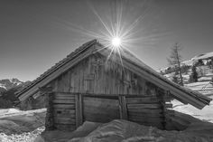 Heustadel Cabin, House Styles, Projects, Home Decor, Scenery Photography, Hay, Room Interior Design, Wall Prints, Log Projects