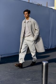 The best street style from Milan Men's Fashion Week More Details That Make the Difference Swag Style, Style Casual, Men Casual, Milan Men's Fashion Week, Mens Fashion Week, Cool Street Fashion, Men's Street Style, Street Styles, Fashion Blogs
