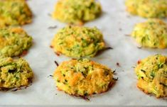 Simple and delicious, these baked cheesy zucchini bites are so easy to make and are a healthier alternative to a classic fried zucchini fritter! Baked Zucchini Fritters, Zucchini Cheese, Zucchini Bites, Bake Zucchini, Fried Zucchini, Shredded Zucchini, Healthy Dinner Recipes, Vegetarian Recipes, Zucchini Fritters