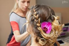 esküvői haj orchideával Fashion, Moda, Fashion Styles, Fashion Illustrations