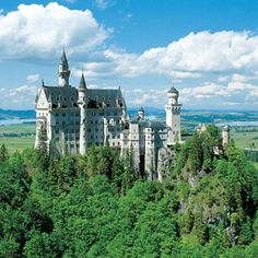 Neuschwanstein Castle, Romantic Road near Fussen, Germany. (The original Cinderella castle)