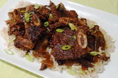 Spicy Asian Slow Cooker Short Ribs- One of my favorite slow cooker recipes so far! Made it for the first time today and it was a hit! Crockpot Asian Recipes, Slow Cooker Recipes, Crockpot Meals, Yummy Recipes, Short Ribs Slow Cooker, Healthy Breakfast Recipes, Favorite Recipes, Crock Pot, Spicy