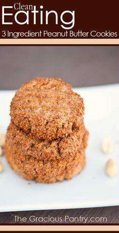 Clean Eating 3 Ingredients Peanut Butter Cookies #CleanEating #Cookies