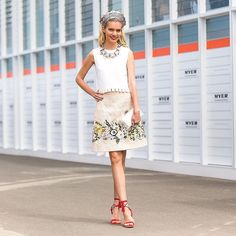 Lots of smiles and photos catch ups with lovely friends hugs and chats today at @flemingtonvrc  wearing outfit from @theoutnet  @dolcegabbana skirt @osmanstudio top @charlotte_olympia bag @aliasmae shoes @demillinery and @secretsshhh