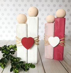 How to make a rustic love couple - great for valentines day or weddings  #valentinesday #valentinecraft #valentinesdaygiftideas