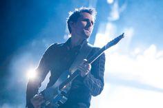 Muse regresó a Colombia con un gran concierto cimentado en 'Drones'- Matt Bellamy. Muse. Bogotá. Colombia. 27.10.15