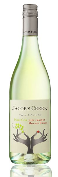 """WINE KNOWLEDGE - Australian wine brand, Jacob's Creek, has launched a smartphone app to give customers rewards if they scan their shopping receipts. Entitled the """"Premium Drinks App"""", Jacob's Creek said the promotion has been designed to revolutionise the way in which customers can redeem promotional offers on the go, whatever their location. #taninotanino #vinosmaximum"""