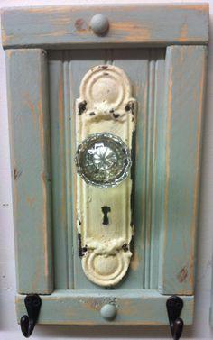 Antique door knob coat rack towel or even by countrycraftsbydebbi, $40.00