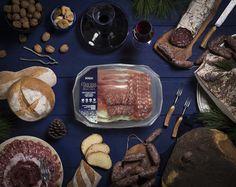 Il Tagliere delle Feste Renieri 🎅  Prosciutto Il Magnifico, Salame Toscano, Salsiccia e Lardo Stagionato #renierisalumi #taglieredellefeste #buonefeste #renieri #auguri2018 http://www.renieri.net