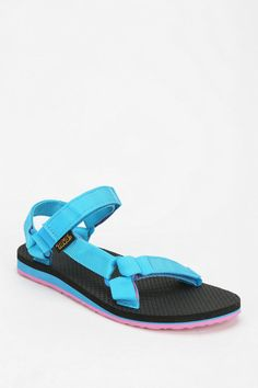 I don'y know, I kinda like it. Teva Original Universal Sandal
