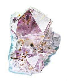 Crystal with amythest