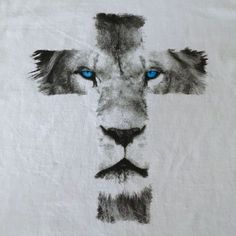 Lion Cross