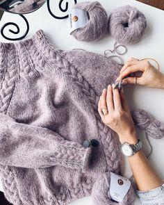 pattern sweater Fine Rip Merino Wool Beanie by Lierys LierysLierys Stetson Hoback bobble hat knit hat winter hat bobble hat StetsonStetson Knitting pattern Loop from sock wool Sweater Knitting Patterns, Knit Patterns, Free Knitting, Baby Knitting, Easy Patterns, Knitting Pullover, Pullover Pullover, Knitting Ideas, Diy Couture