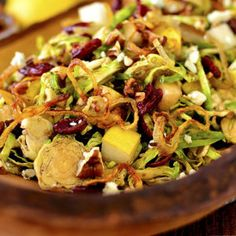 Fall Shredded Brussels Sprouts Salad is a crispy, crunchy, healthy and gluten free salad recipe that's full of fresh fall flavors! Shredded Brussel Sprout Salad, Sprouts Salad, Brussels Sprouts, Side Dish Recipes, Dinner Recipes, Brunch Recipes, Easy Recipes, Dinner Ideas, All You Need Is