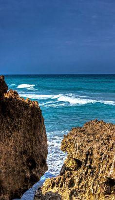 ✯ Ocean Cliffs