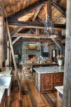 Rustic Kitchen Ideas - Rustic kitchen cabinet is a stunning mix of country home as well as farmhouse decoration. Search 30 ideas of rustic kitchen design here Log Home Decorating, Decorating Tips, Interior Decorating, Log Cabin Homes, Log Cabins, Cabins And Cottages, Cabins In The Woods, Rustic Kitchen, Rustic Farmhouse