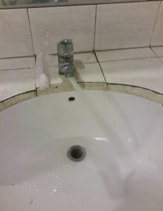 The way this sink pours water: | 27 Photos That Will Make You Irrationally Mad At The World