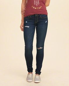 f7ebafe34f1 Hollister super skinny jeans are the essential must-have in every wardrobe.