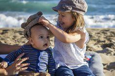 Su primera tarde de playa en familia / family_beach_kids_babys_photo shoot