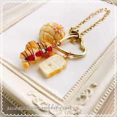 Kawaii Things, Decoden, Html, Diys, Sweets, Personalized Items, Bricolage, Gummi Candy, Candy