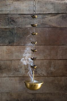 Home decor Indian home decor Brass decor Indian decor Pooja room design Copper decor - Anjali Brass Dhuna Pinned by Sujayita - Ethnic Home Decor, Indian Home Decor, Moroccan Decor, Indian Diy, Pooja Room Door Design, Design Room, Copper Decor, Puja Room, Messing