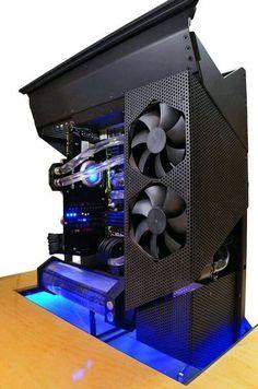 #Domingo de modding  La PC de esta semana tiene una muy buena pinta con materiales como aluminio y acrílico