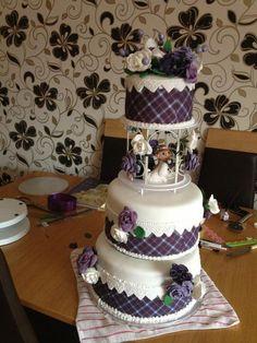 plaid cakes | Tartan Wedding Cake - Cake by Lace Cakes Swindon - CakesDecor