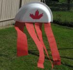 This site has several Canada Day ideas for pre-schoolers including this one. Instead of cutting the plate in half, fold it and fill it with a hand full of beans, rice or pasta to make a party noise maker! Daycare Themes, Daycare Crafts, Preschool Crafts, Kids Crafts, Summer Crafts For Toddlers, Summer Activities, Toddler Crafts, Sensory Activities, Toddler Activities