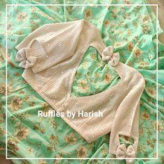Blouse Designs High Neck, Cotton Saree Blouse Designs, Simple Blouse Designs, Stylish Blouse Design, Latest Blouse Neck Designs, Floral Blouse, Ruffle Blouse, Designer Blouse Patterns, Latest Blouse Patterns