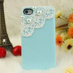 Want!! My favorite things in one case!! Pearls, lace and Tiffany blue!!!