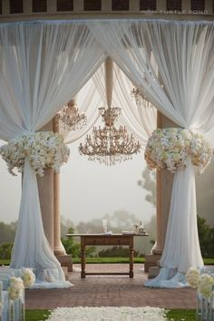Makes for a beautiful outdoor wedding or any event. Switch up the colours and flowers.