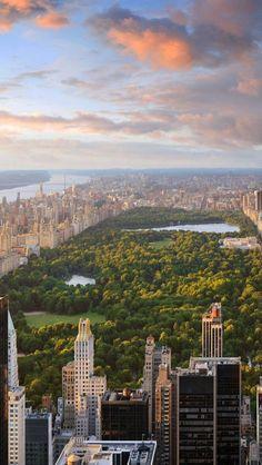Central park , New york . ❤ I love New York so much, someday I will visit it inshalah 💕✌ 😊 Manhattan New York, Mykonos, Santorini, Travel Around The World, Around The Worlds, Places To Travel, Places To Visit, Nova Orleans, Ville New York