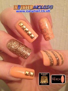 Amazing design combo!  Our limited Edition Dark Peach nail art powder and our gold glitter.  Created by Glenda Hough from Glenda Nails in Winsford.  IM Nail Training available from www.easynail.co.uk