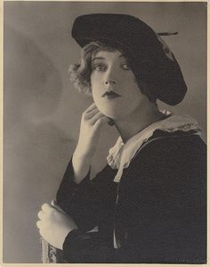 ❤ - Portrait of Marion Davies by Ruth Harriet Louise.