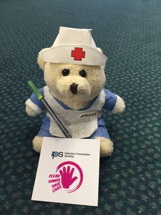 Nurse #DANIbear spreading the Hand Hygiene word #IPSTorchTour16 #safehands Thanks @ShaunaghSmall and @IPS_Infection for sharing