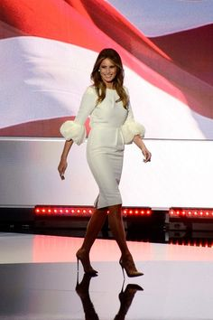 Malania Trump, First Lady Melania Trump, White Outfits, Red Carpet Fashion, White Style, Looking For Women, Her Style, Fashion News, Peplum Dress