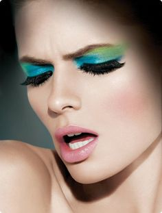 make up :D Picture from makeup. Julia Stegner - Graffiti Makeup by Charlotte Willer, Photography by Kenneth Willardt (Maybelline Calendar Maybelline, Green Eyeshadow, Makeup Eyeshadow, Makeup Trends, Makeup Ideas, Julia Stegner, Graffiti, Beauty Makeup, Hair Makeup