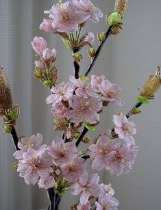 Not a pattern, picture only. Seed Bead Flowers, Wire Flowers, Crochet Flowers, Seed Beads, Wire Crafts, Bead Crafts, Diy And Crafts, Ikebana, Beading Patterns