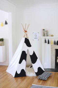 Today I'm going to share a tutorial on the teepee I made for the boys' birthday party. I've had a few questions about it and I actually en...