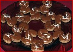 Christmas Sweets, Christmas Cookies, Le Chef, Gingerbread Cookies, Mousse, Tea Lights, Biscuits, Candles, Pictures