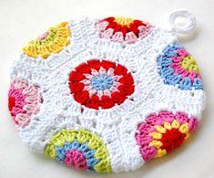 crochet potholder pattern free – Knitting Tips Crochet Potholder Patterns, Crochet Dishcloths, Crochet Motif, Knit Crochet, Hexagon Crochet, Crochet Kitchen, Crochet Home, Love Crochet, Beautiful Crochet
