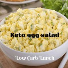 This easy keto egg salad is a healthy and quick low carb lunch with delicious flavor and plenty of protein! I'm sharing this egg salad recipe because people have been requesting packable, simple, and dairy free lunch options.I made the egg salad, and it w Low Carb Lunch, Low Carb Diet, Carb Free Lunch, High Fat Keto Foods, Cholesterol Diet, Keto Egg Salad, Healthy Egg Salad, Keto Chicken Salad, Low Carb Egg Salad Recipe