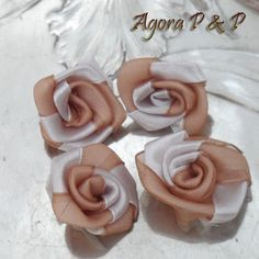 4 Perles FLEUR TISSU OPAQUE BICOLORE SATINÉ BEIGE//BLANC 30 mm