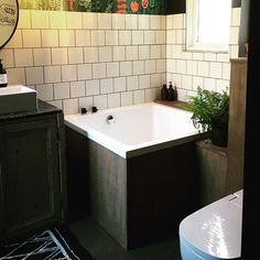 Handmade small bath tubs from Somerset, UK. Omnitub are the only UK manufacture of the original deep soaking Japanese Bath Tubs, delivered within 10 days of your order. Bathroom Inspo, Bathroom Inspiration, Bathroom Ideas, Bathroom Signs, Bathroom Styling, Bathroom Renos, Small Bathroom, Bathrooms, Small Bathtub