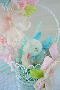 Mini Easter Basket with Birdie